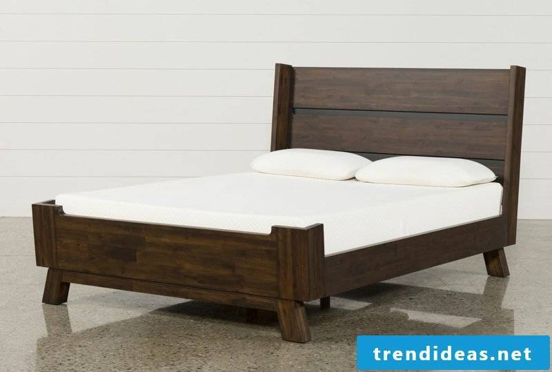 Queen size bed mattress english size