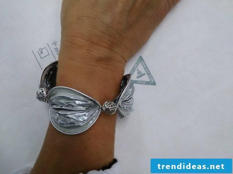 original bracelet made of Nespresso capsules