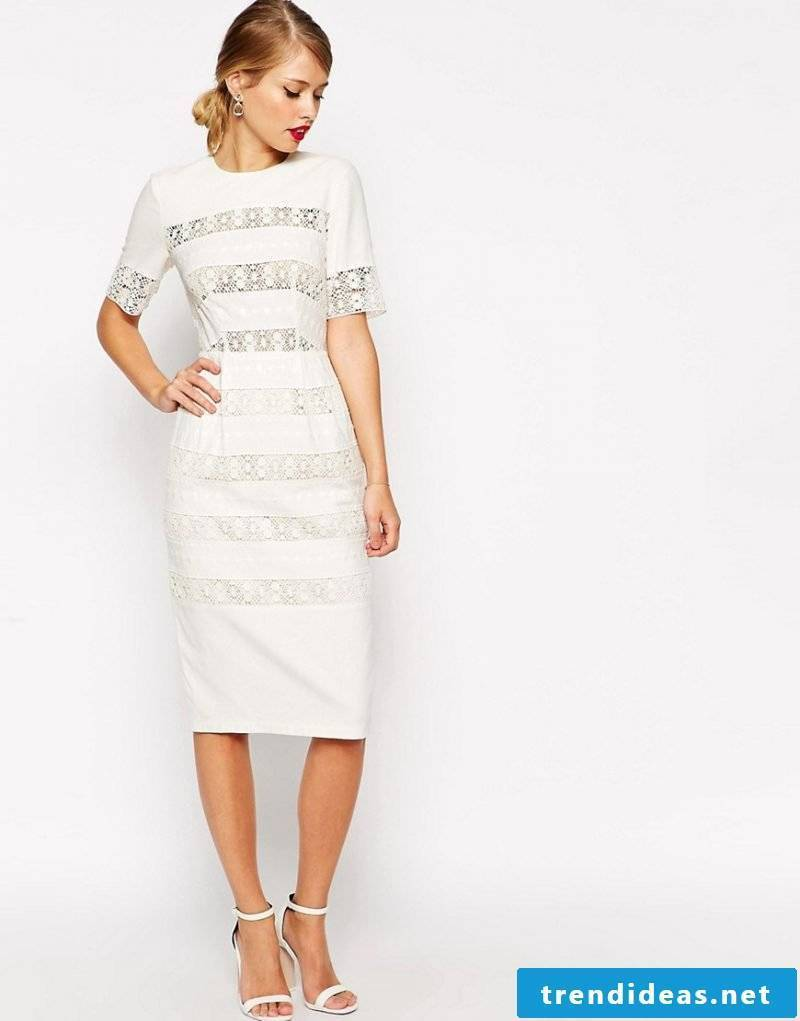 delicate wrap skirt in white