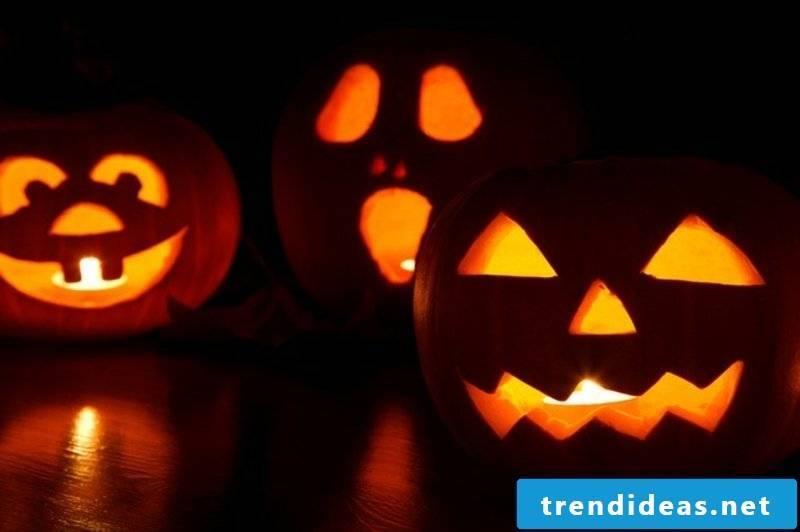 Pumpkins carve for Halloween instructions
