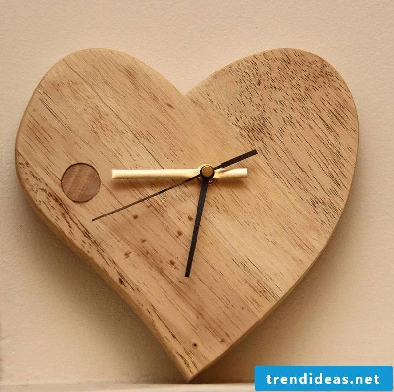 Wall clock in heart shape!