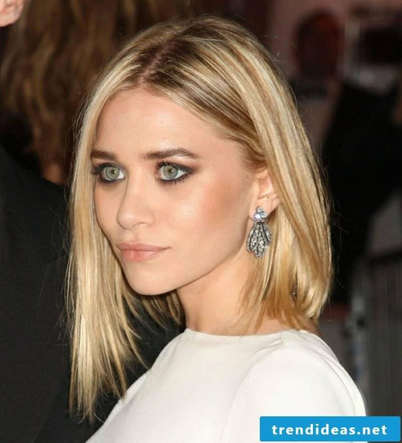 light blonde hair natural look