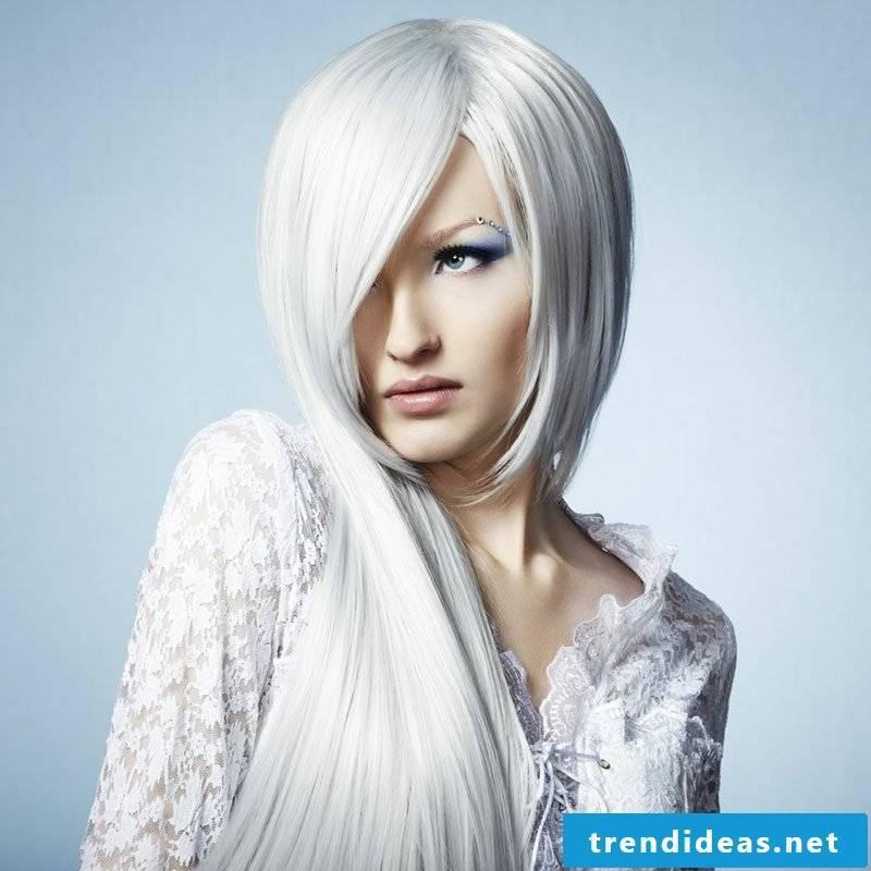 cool hair colors Eisblond
