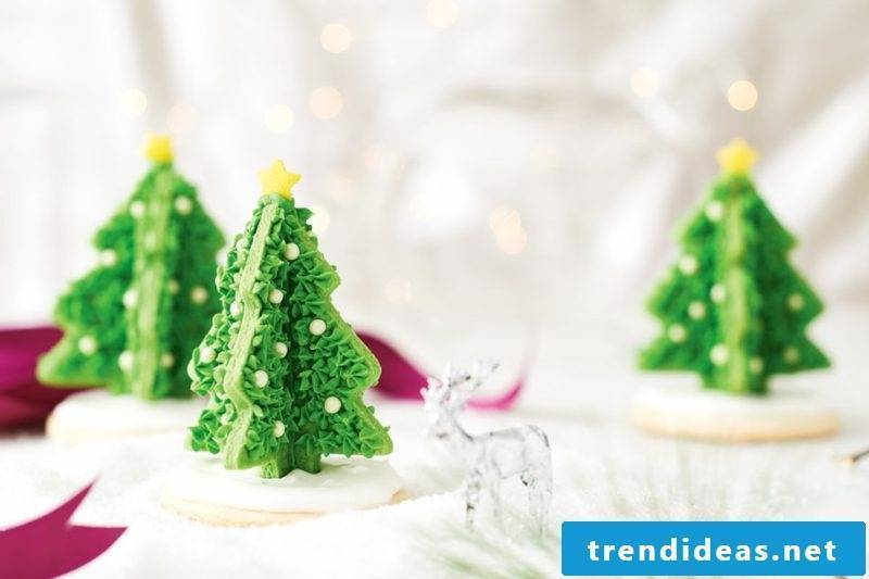 cool christmas cutout cookies cupcakes