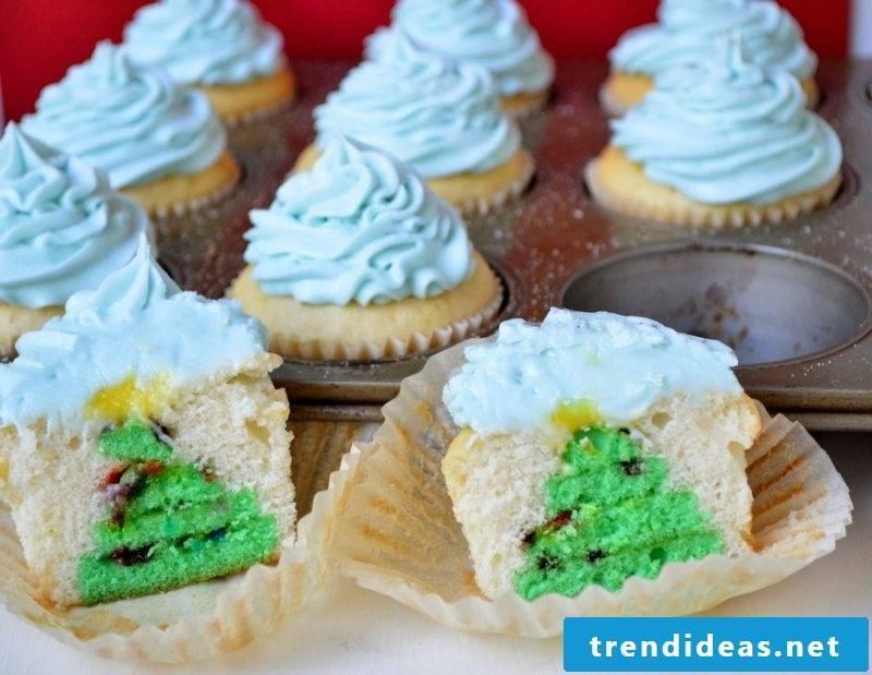 Christmas hidden Christmas tree cupcakes
