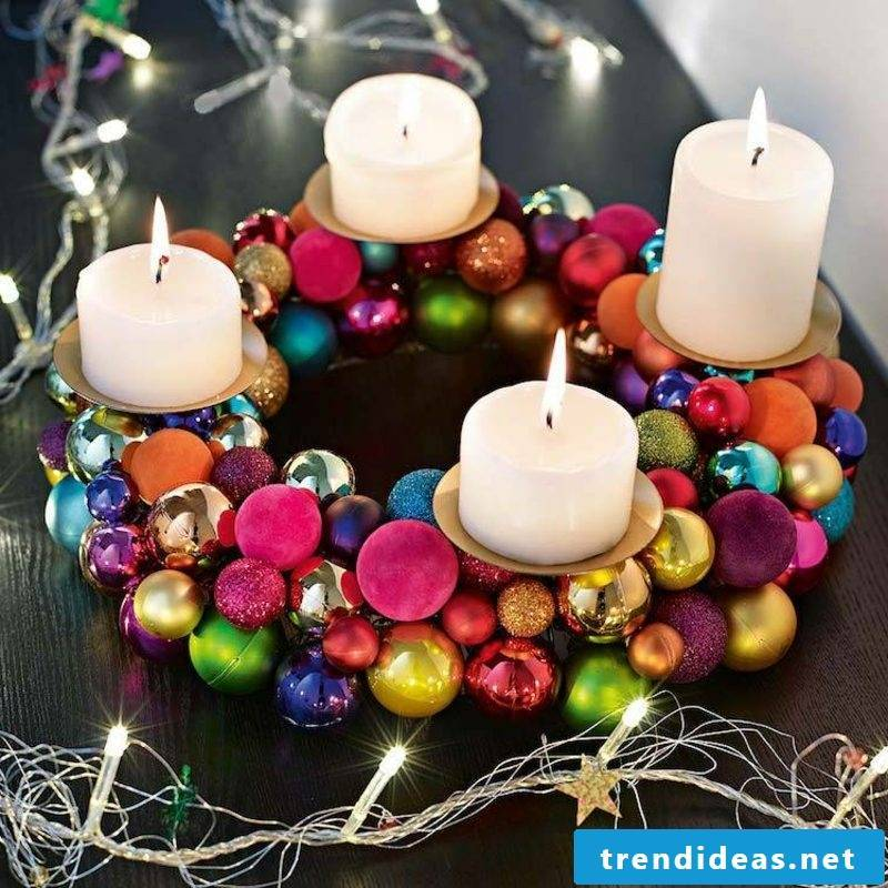 Christmas crafts with children Christmas wreath of balls
