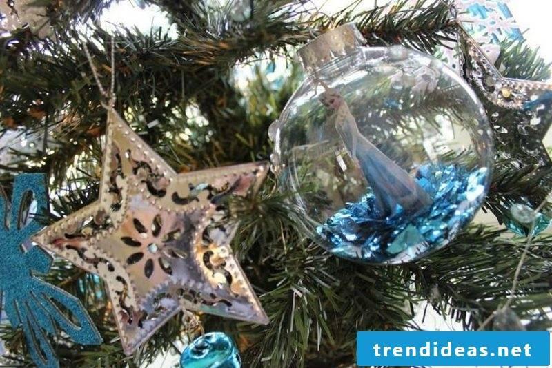Christmas crafts with children Baumkugel Frozen Elsa