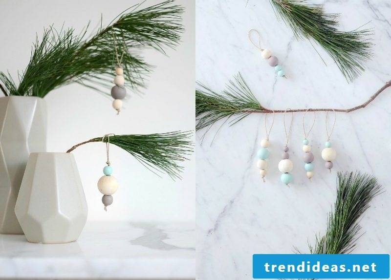 Crafting for Christmas with children hanger made of wooden beads