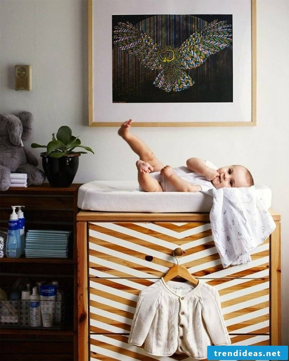 Complete baby room with Ikea hacks