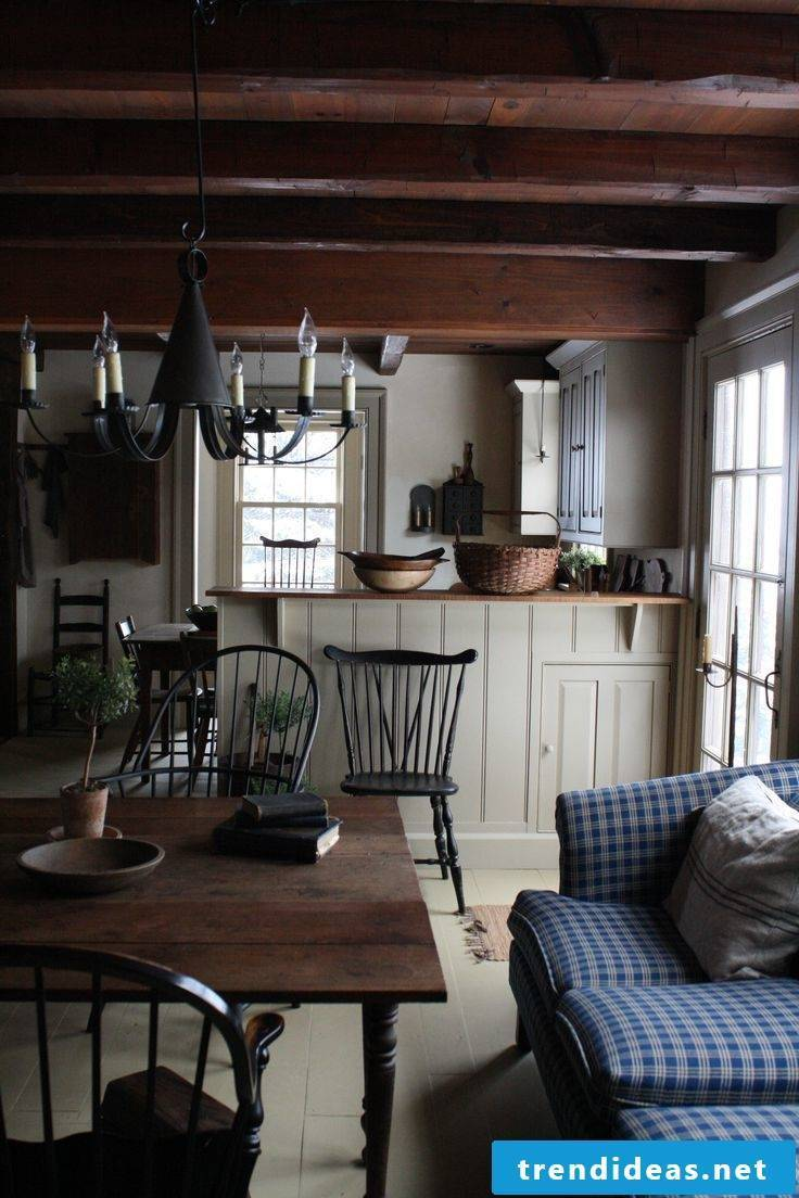 Country kitchen - dark wood for more warmth and coziness