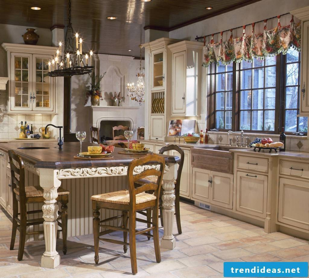 Fabulous country-style cuisine with chic accents