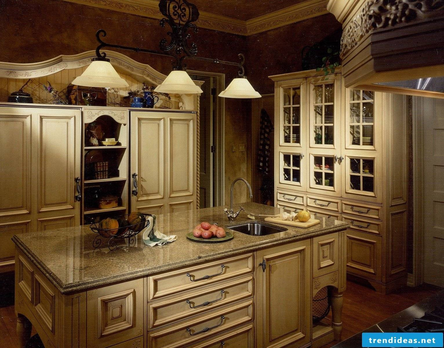 Chic romantic kitchen in country style