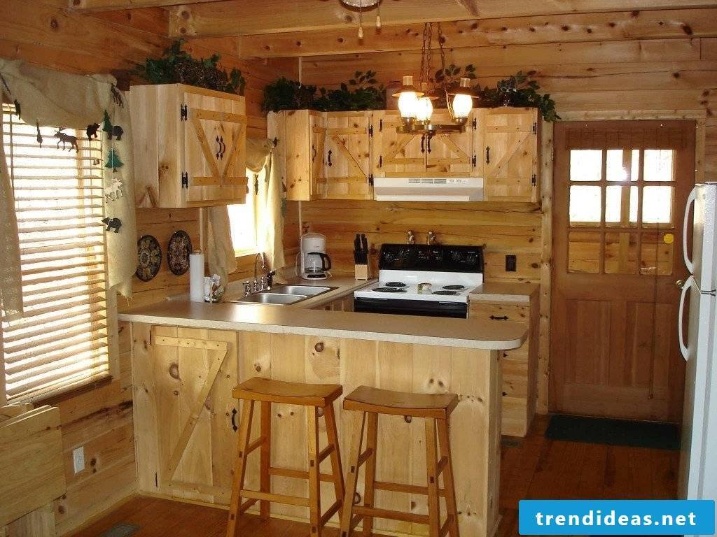 Rustic and chic-small kitchen in country style