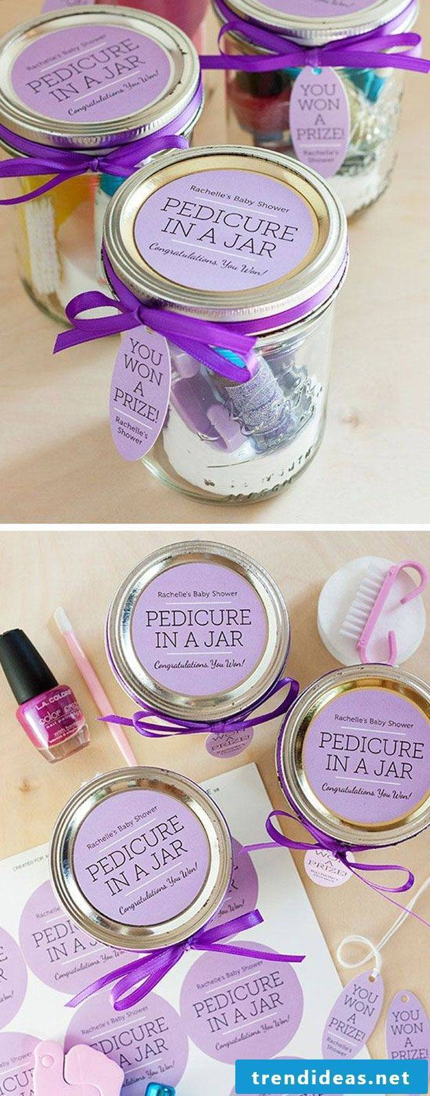 Great DIY ideas for Christmas gifts for the girlfriends
