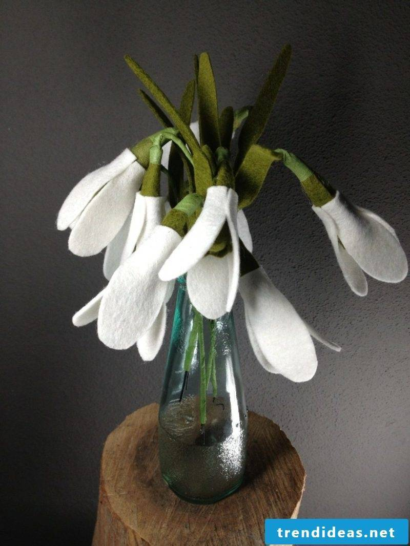 Crafting ideas Spring making snowdrops