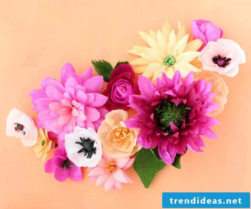 DIY Paper Flowers Crafting: Create dazzling and real-looking crepe paper flowers