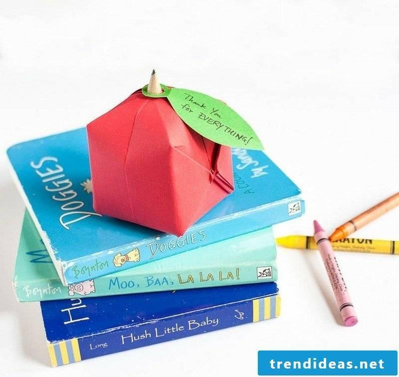 Crafting tips Origami folding