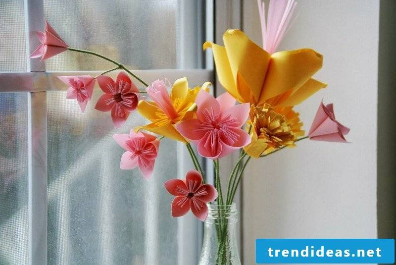 Tinker with paper Origami fold flowers