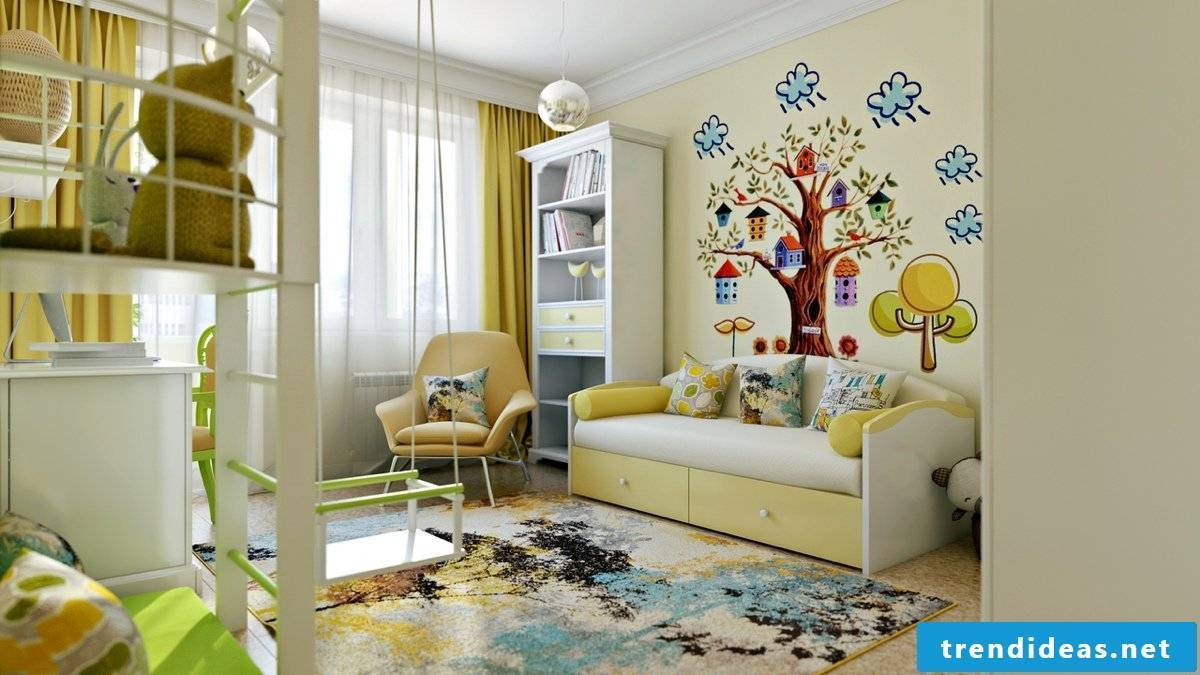 Bright children's room with nice Wandbemahlung