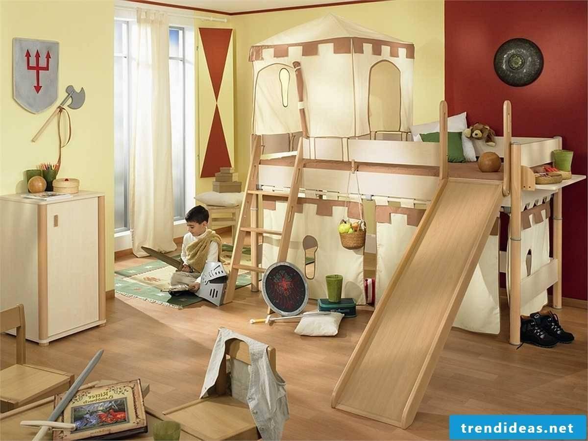 Knight's castle in the nursery - a great idea for boys