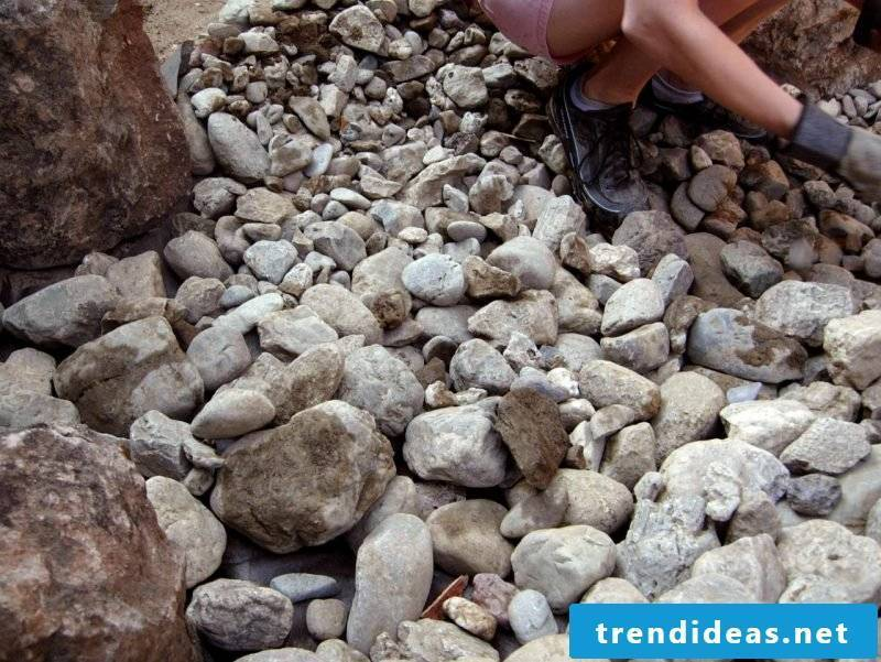 Creating a stone bed: Instructions Step 5