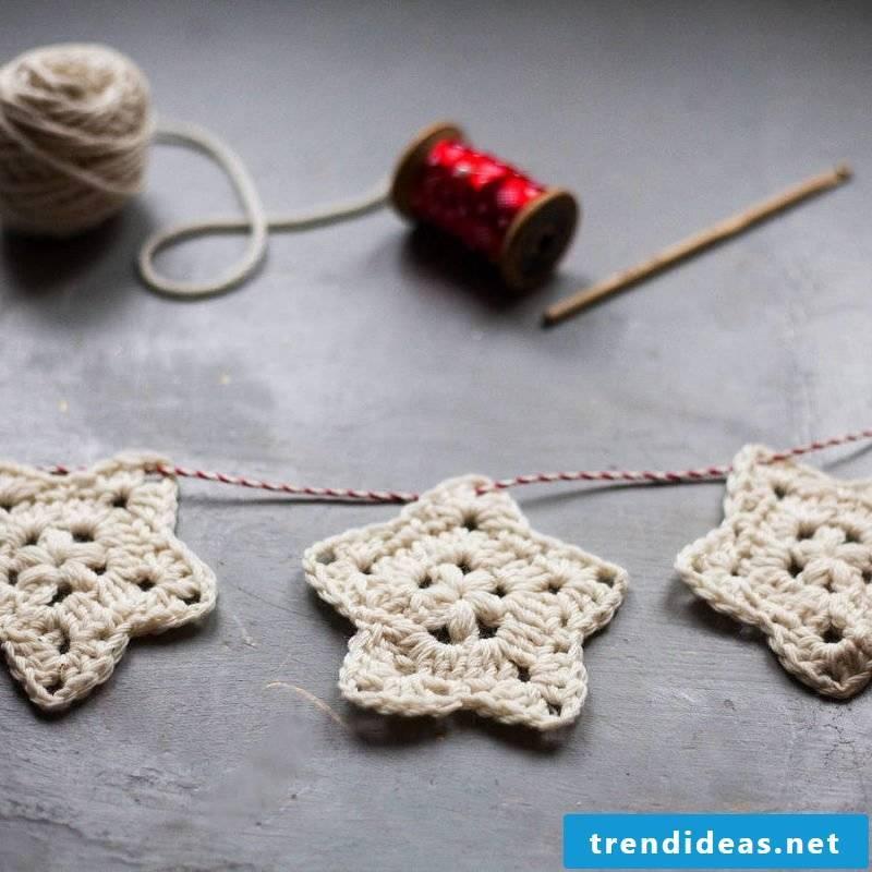 Crochet for Christmas garland of stars