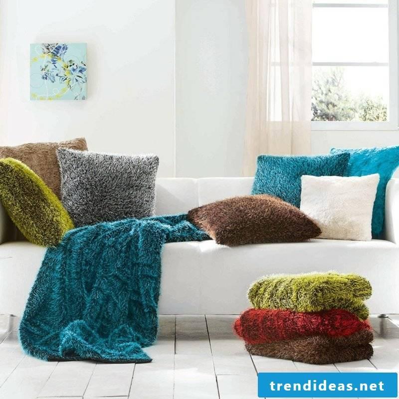 Cushion design itself Zottelstoff