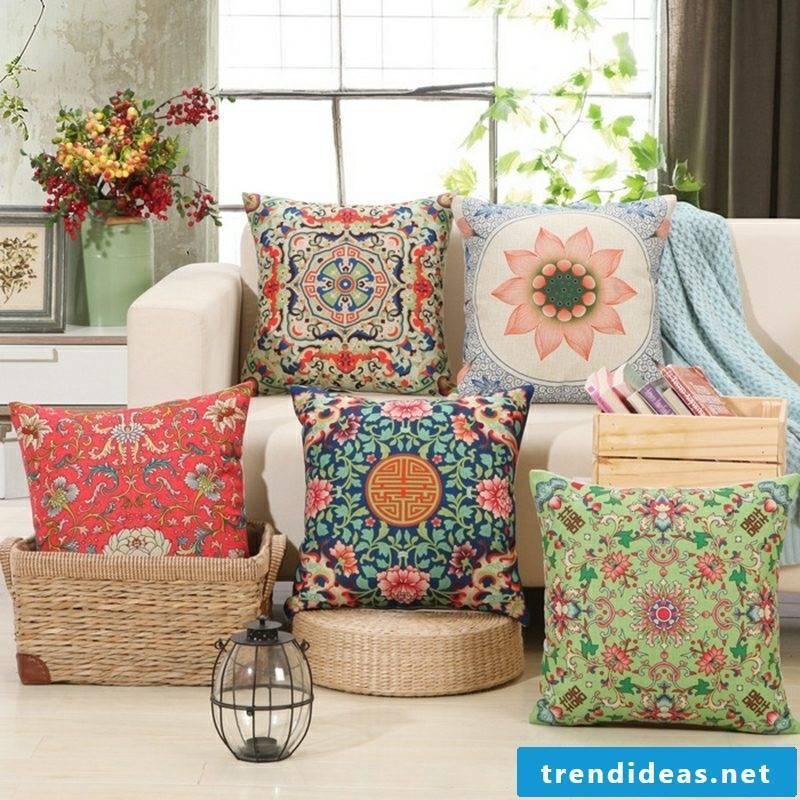 Cushion design oriental style