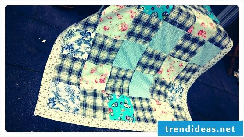 Patchwork quilt sew blue