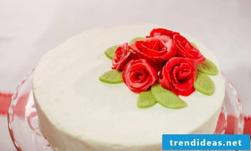 Decorating pies decorating marzipan roses