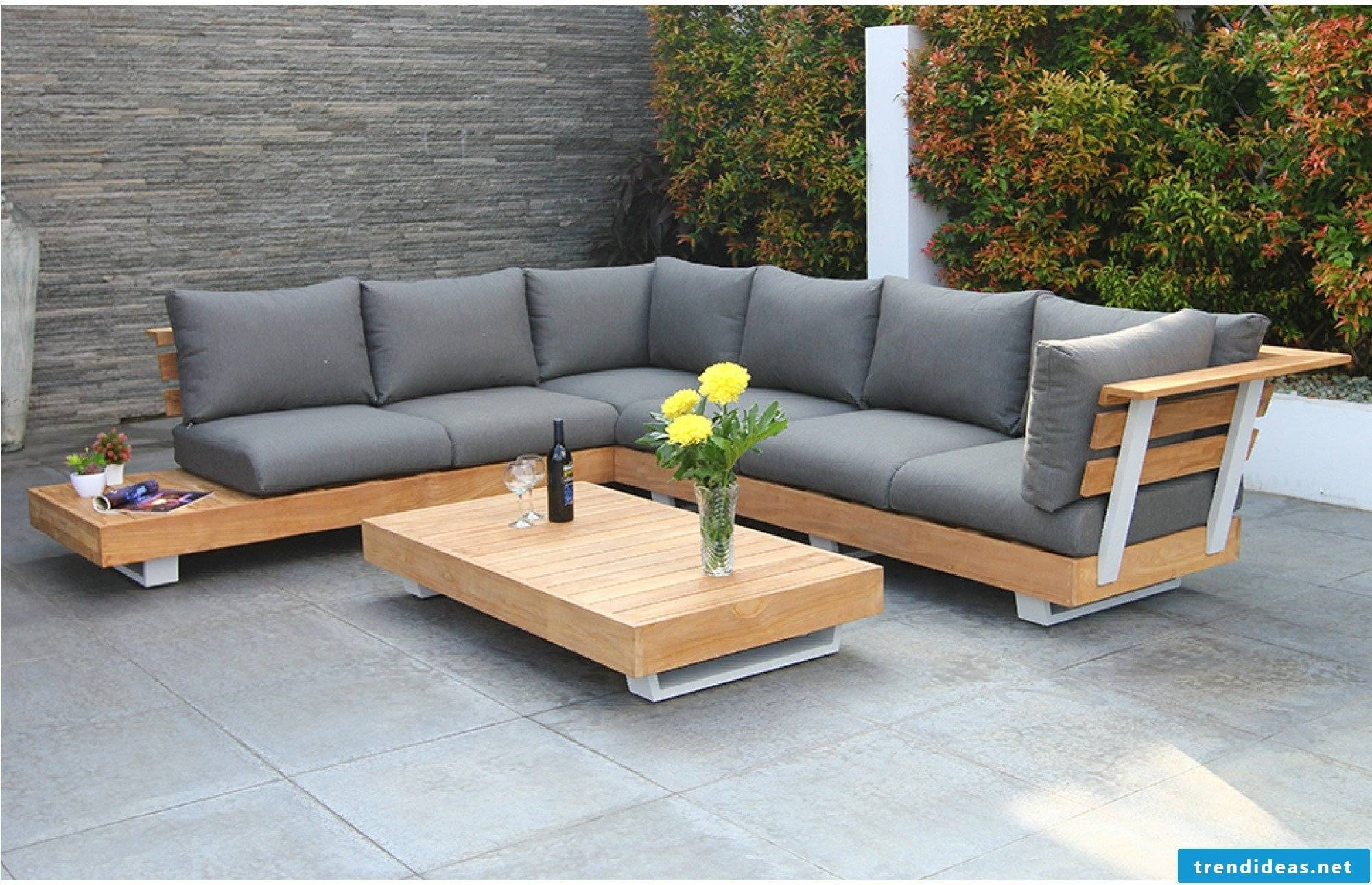 chic garden lounge for the relax corner in the ridges