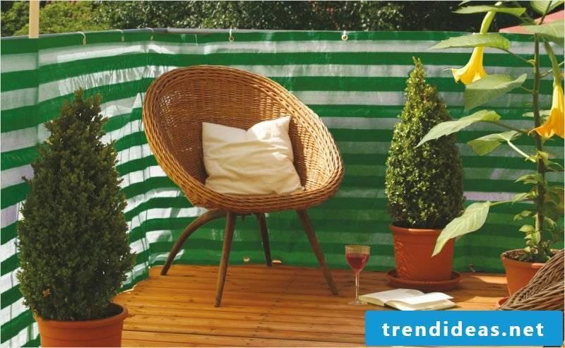 Balcony border green fabric