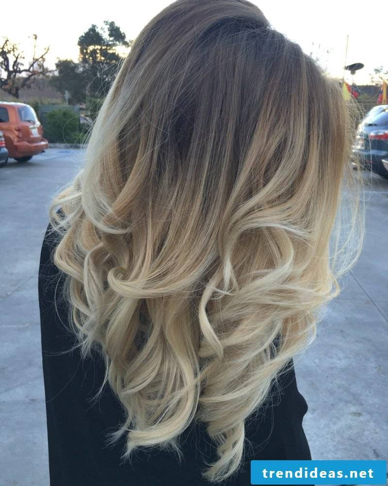 Balayage Blonde - Not just blonde strands, but Ombre look