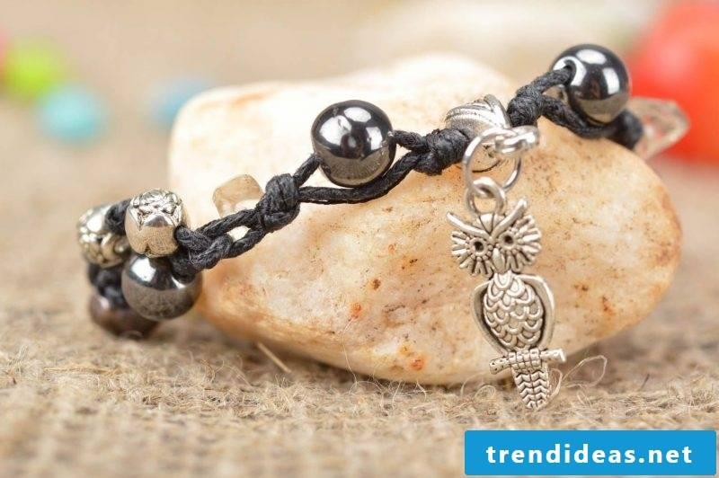 DIY bracelet black