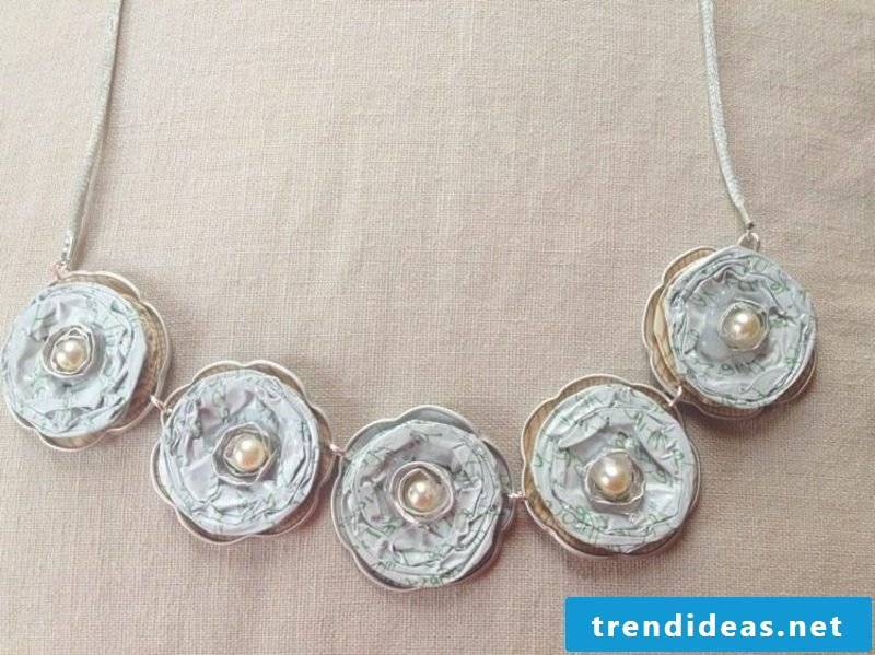 Necklace from Nespesso capsules creative crafting ideas