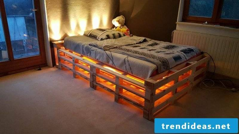 Euro pallets bed indirect lighting gorgeous look