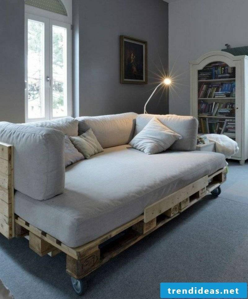 Couch made of europallets living room