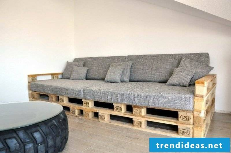 Sofa made of Euro pallets gray upholstery