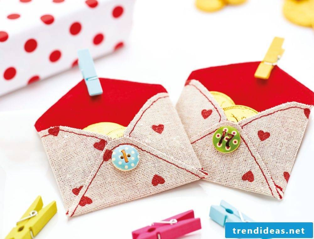 Envelope fold from fabric