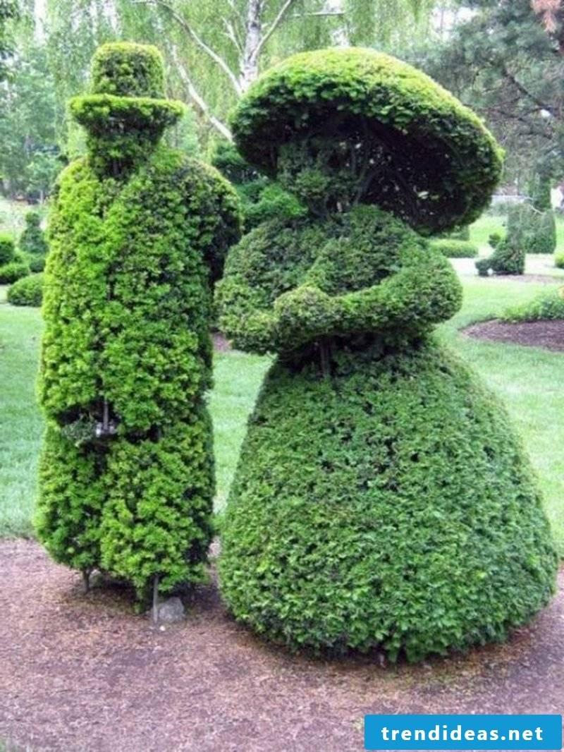 evergreen tree sculpture