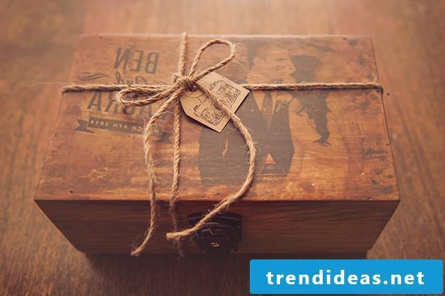 Father's Day 2018: A beautiful wooden box in rustic style and personality!