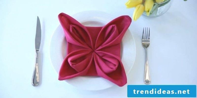 napkins wrinkle seerosein-red