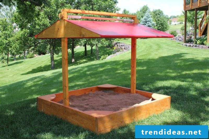 Build sandbox with roof