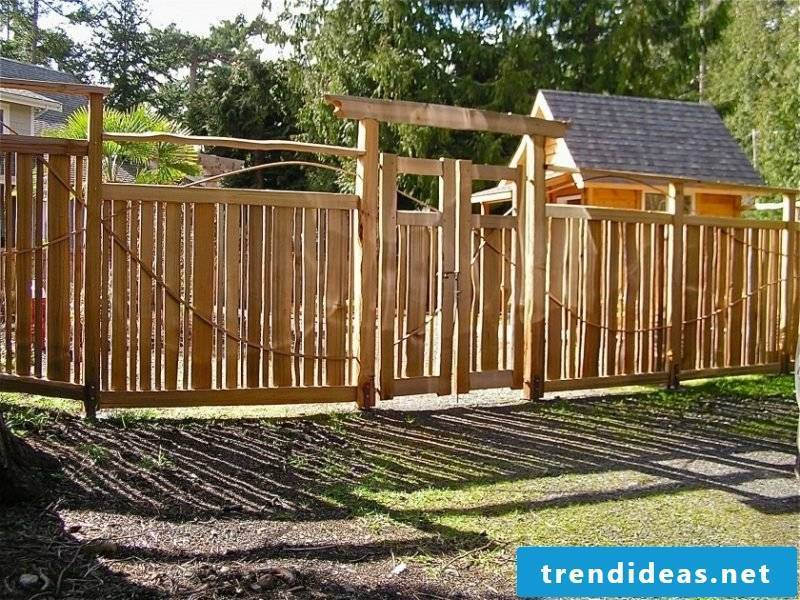 Build yourself with natural wood garden gate