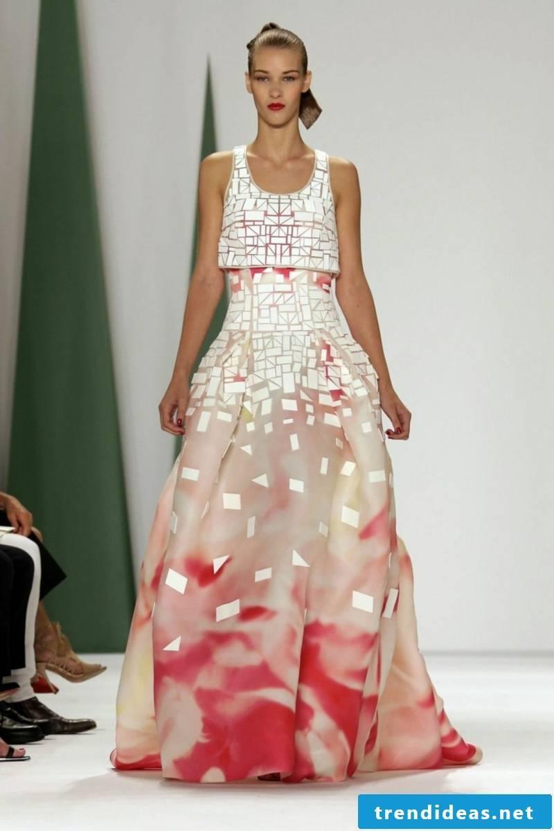 Wedding dress with geometric motifs