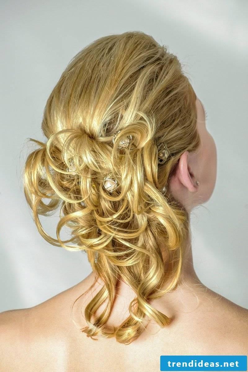 Curls hochstefrisuren-romantic
