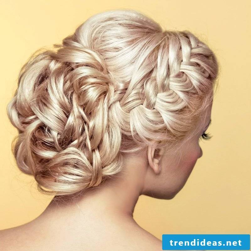 Curly Updo Curly Dutt