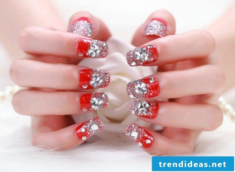 Gel nails winter - red nuance