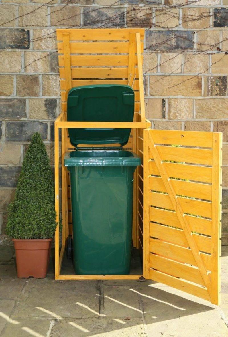Door build garbage bin
