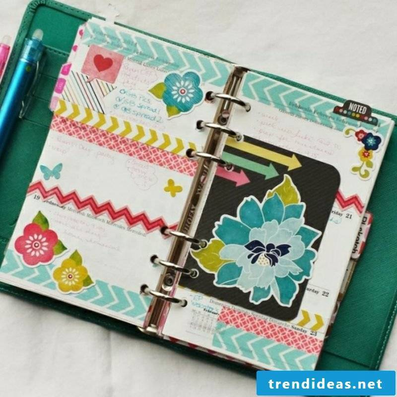 Filofaxing diary decorate floral motifs